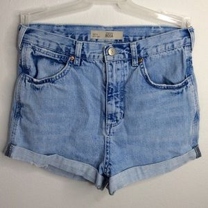Topshop distressed high rise denim shorts size 4